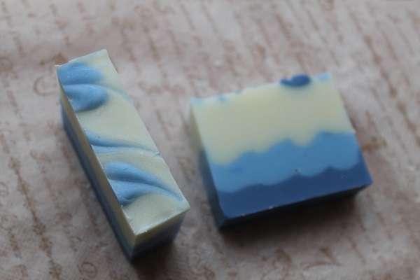 20170825ブルーのなみなみ3段石けん(Sculptured Layered Soap)