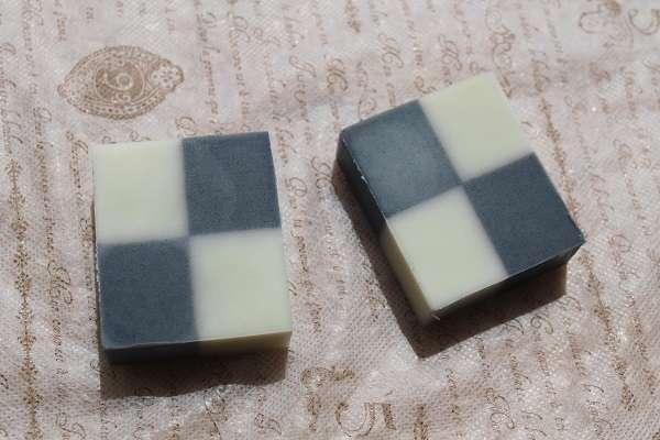 20170815市松模様の石けん<(Checkered Soap)