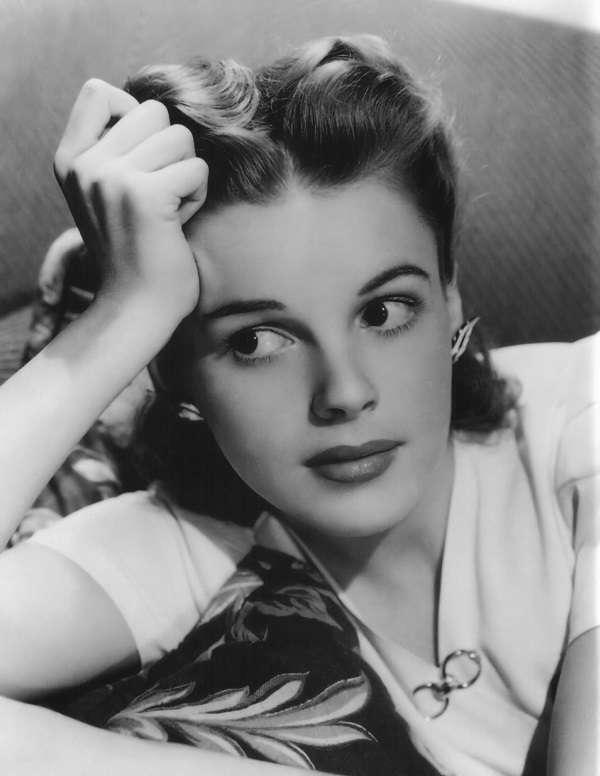 Judy Garland32