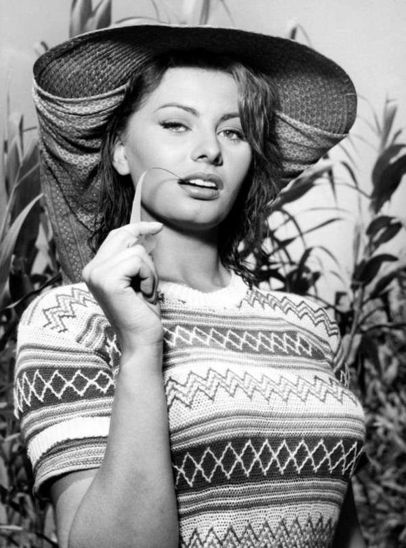 Sophia-Loren47