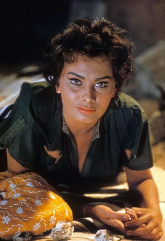 Sophia-Loren98