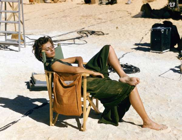 Sophia-Loren94