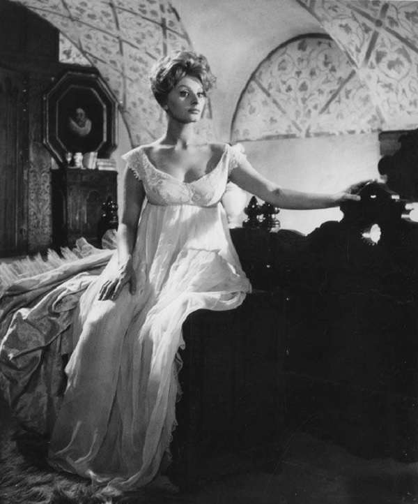 Sophia-Loren92