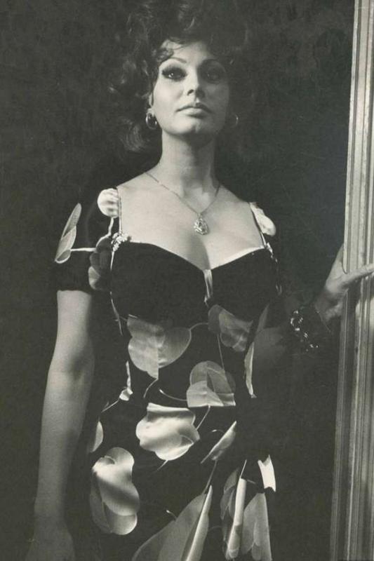 Sophia-Loren55