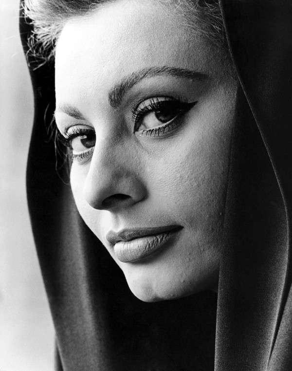 Sophia-Loren44