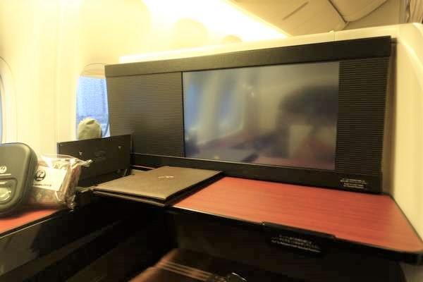jal-firstclass21