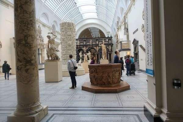 Victoria and Albert Museum 46