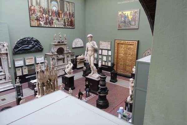 Victoria and Albert Museum 58