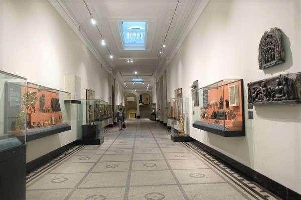Victoria and Albert Museum 71