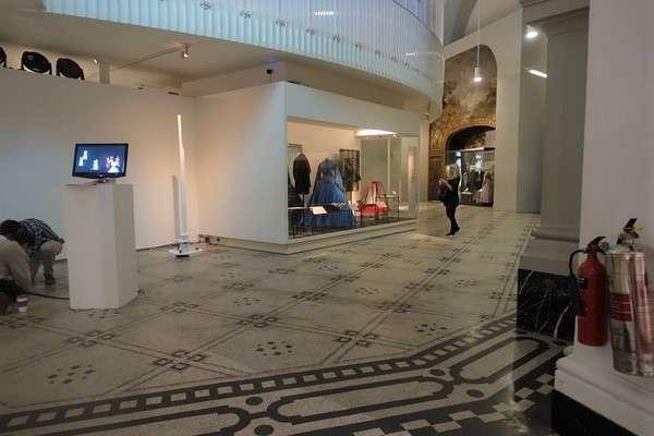 Victoria and Albert Museum 91