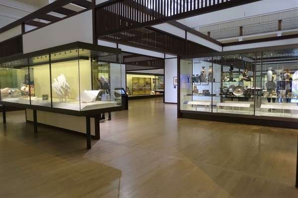 Victoria and Albert Museum 79