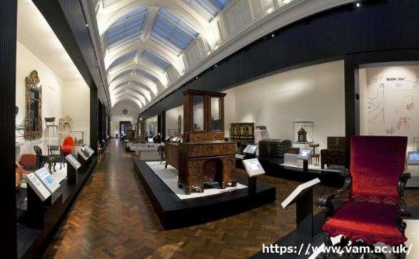 Victoria and Albert Museum 94