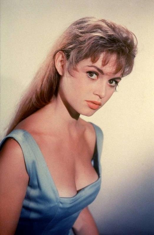Brigitte Bardot24