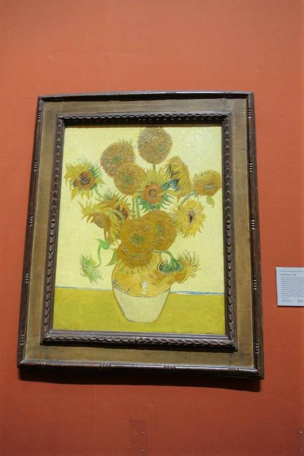 The National Gallery Sunflowers Vincent van Gogh2