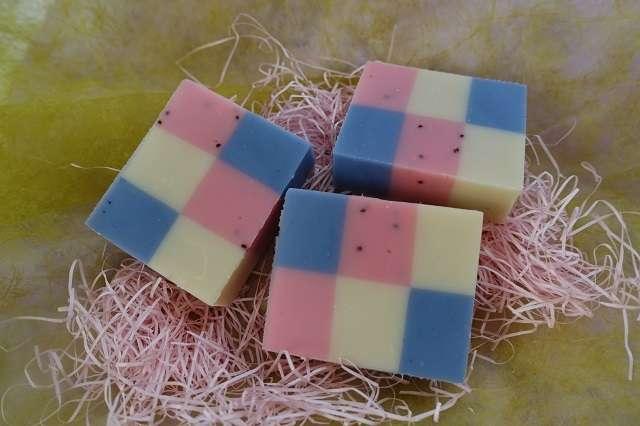 tricolor-six-color-soap20181118