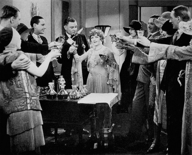 Alfred Hitchcock-Champagne(1928)