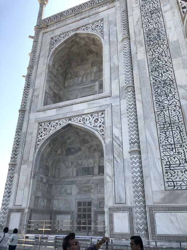 Taj Mahal and Ganges-tour