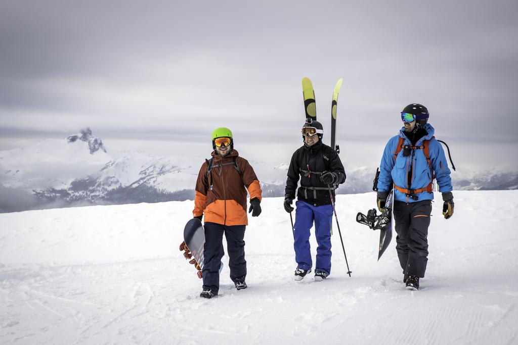 スキーゴーグルとスノーボードゴーグル