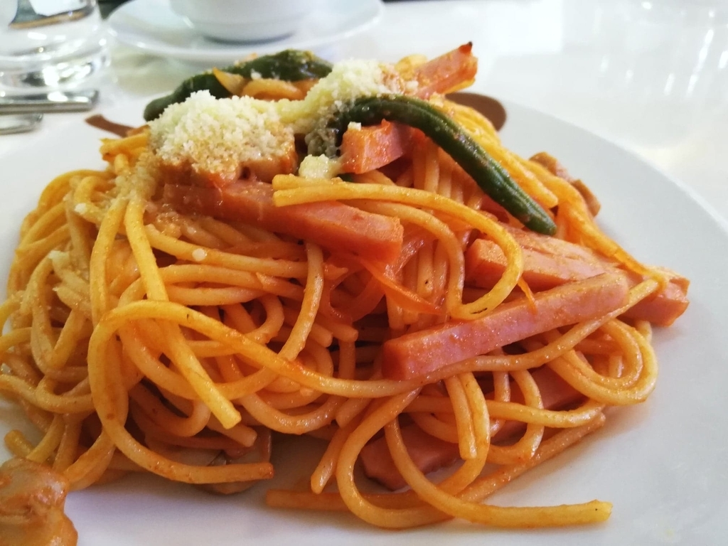 浅草『洋食屋ヨシカミ』の、スパゲティーの写真②