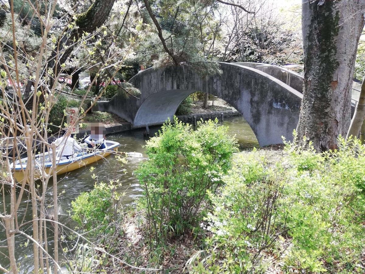 『石神井公園』の中にある橋の写真