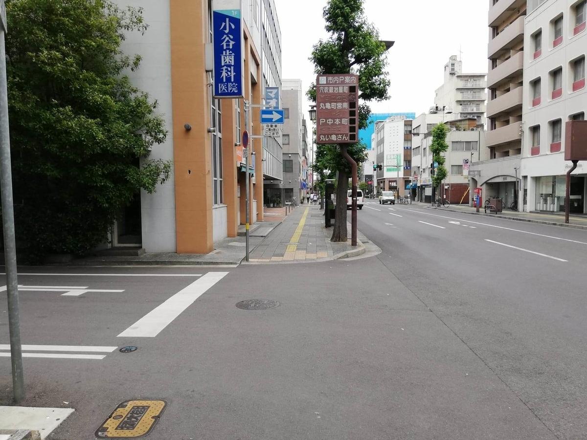 瓦町駅から香川県高松市『骨付鳥一鶴』への行き方写真⑧