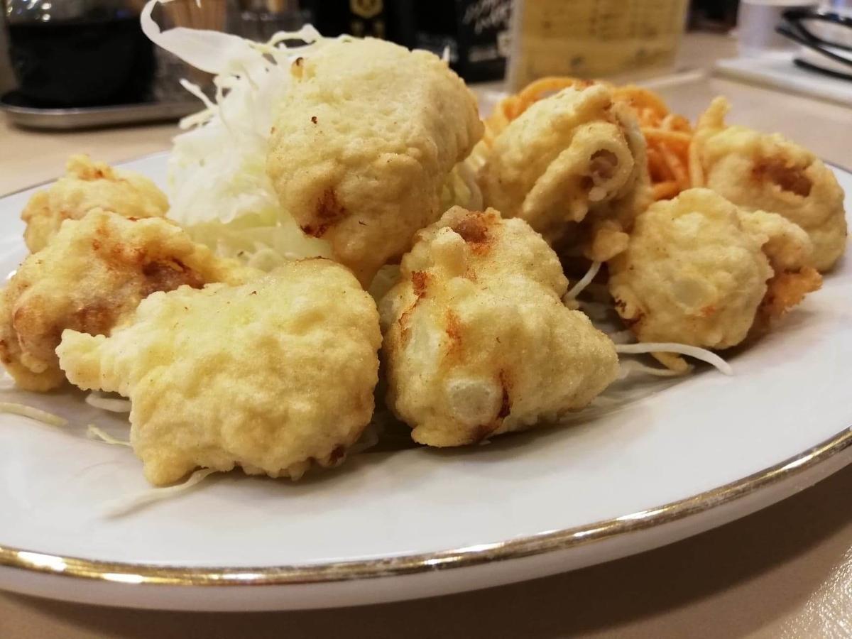 香川県高松市『洋食おなじみ』のとりの骨抜きのアップ写真