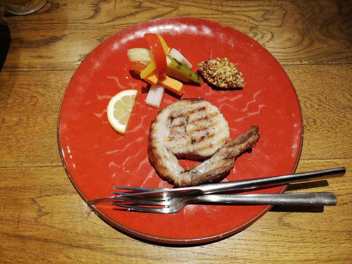 香川県高松市『瀬戸内豚料理紅い豚』のポルケッタの写真