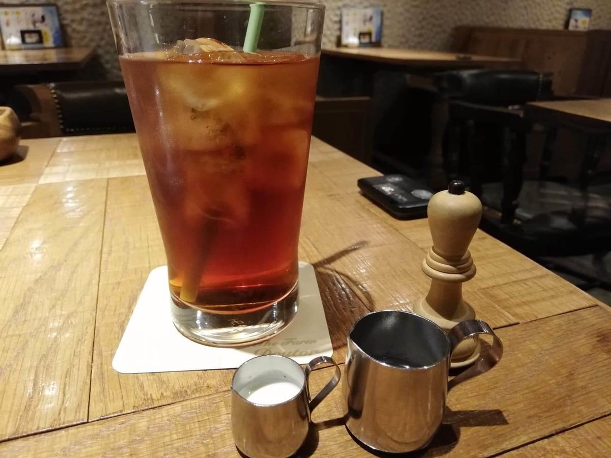 大宮『ドトール珈琲農園』の紅茶の写真