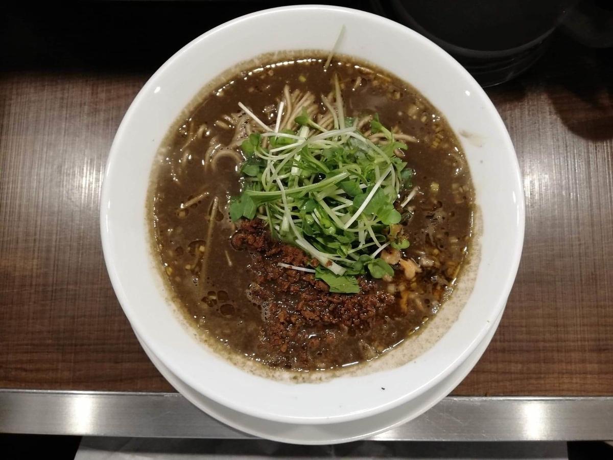 北浦和『四川担々麺(担担麺)阿吽』の黒胡麻担担麺の写真
