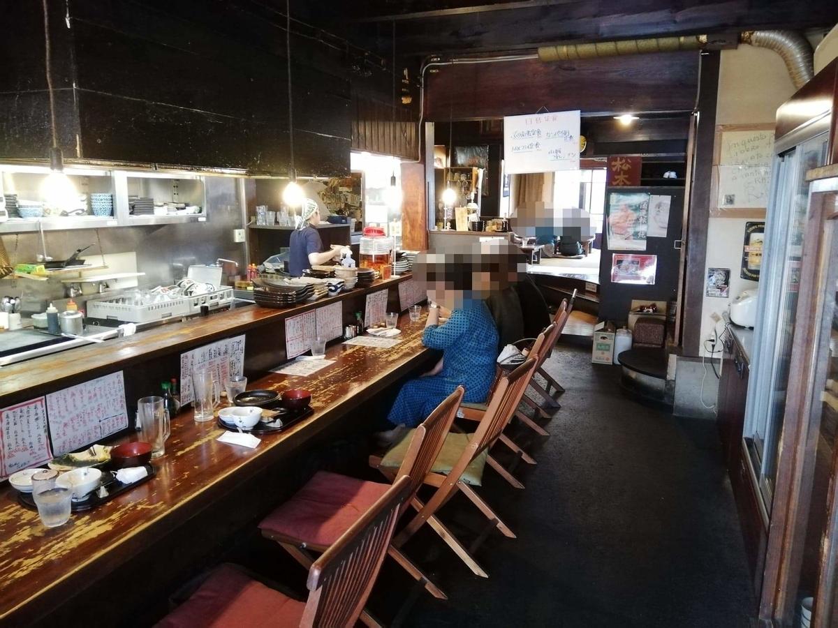 長野県松本市中町通り『食い飲み屋 BUN』の店内写真①
