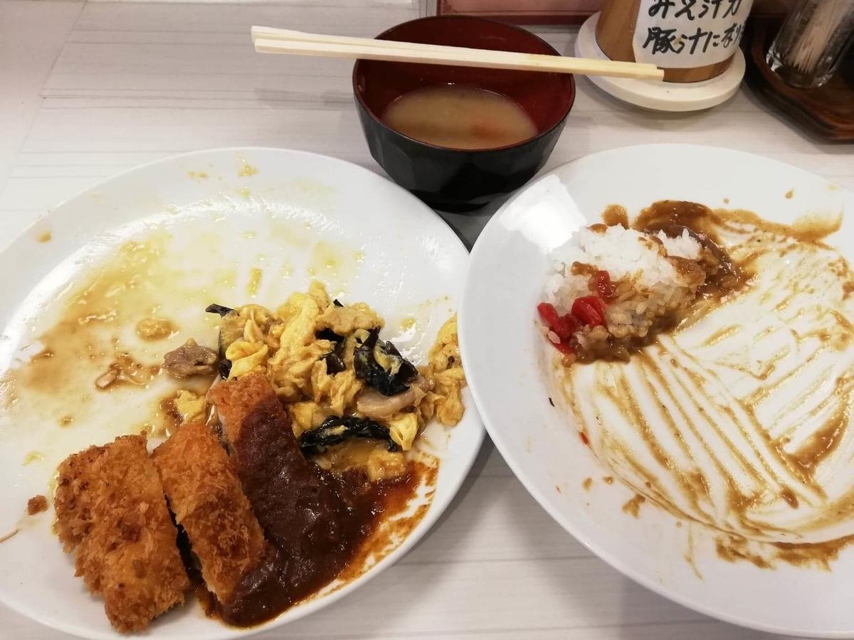 高田馬場『キッチンニュー早苗』の残り少しの日替わり定食の写真