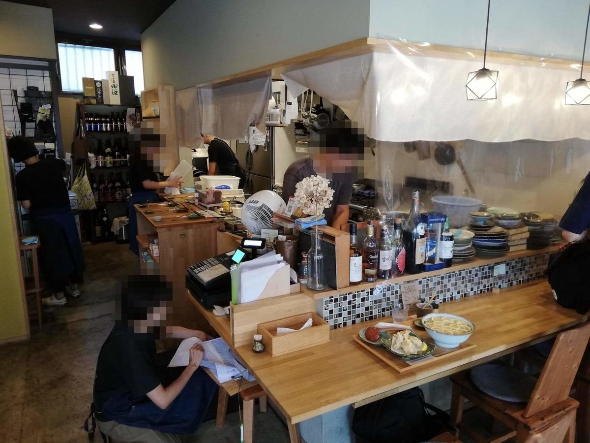 本川越『うどんとお酒土麦』の店内写真②