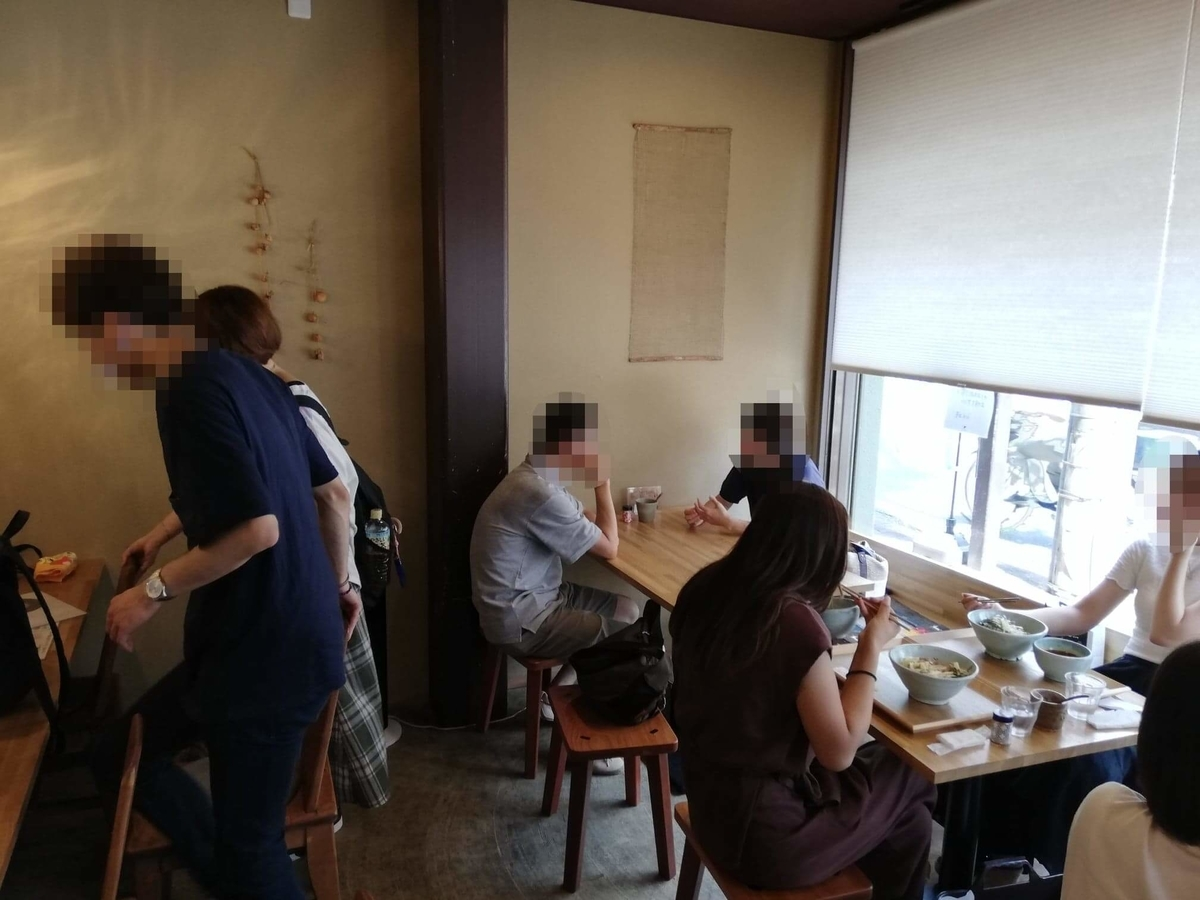 本川越『うどんとお酒土麦』の店内写真③