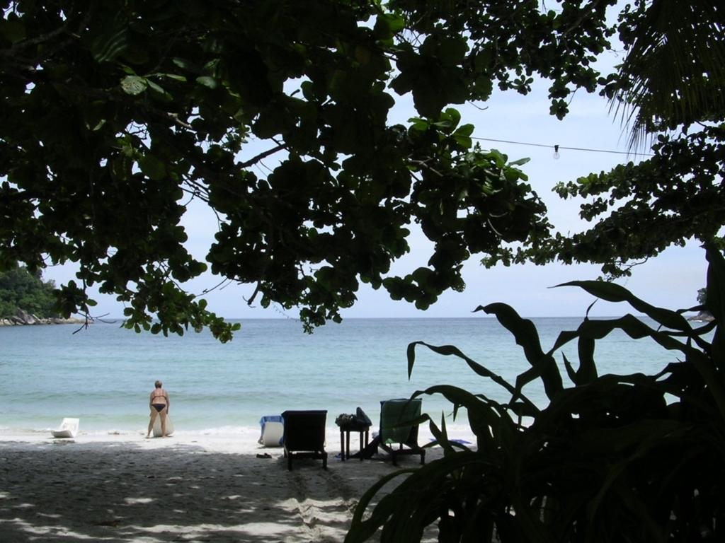 プライベートビーチ的な趣のあるエメラルド・ベイ
