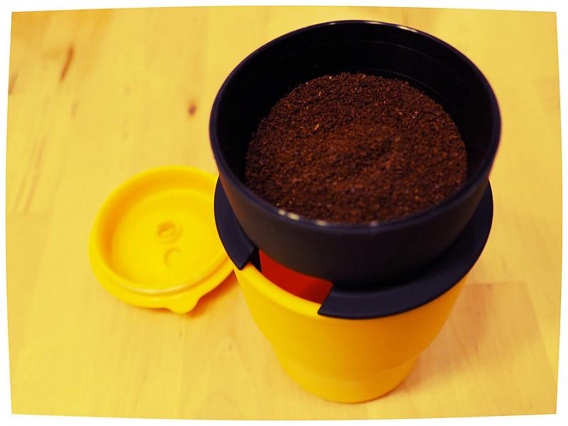 付属のフィルターでコーヒーが淹れられる