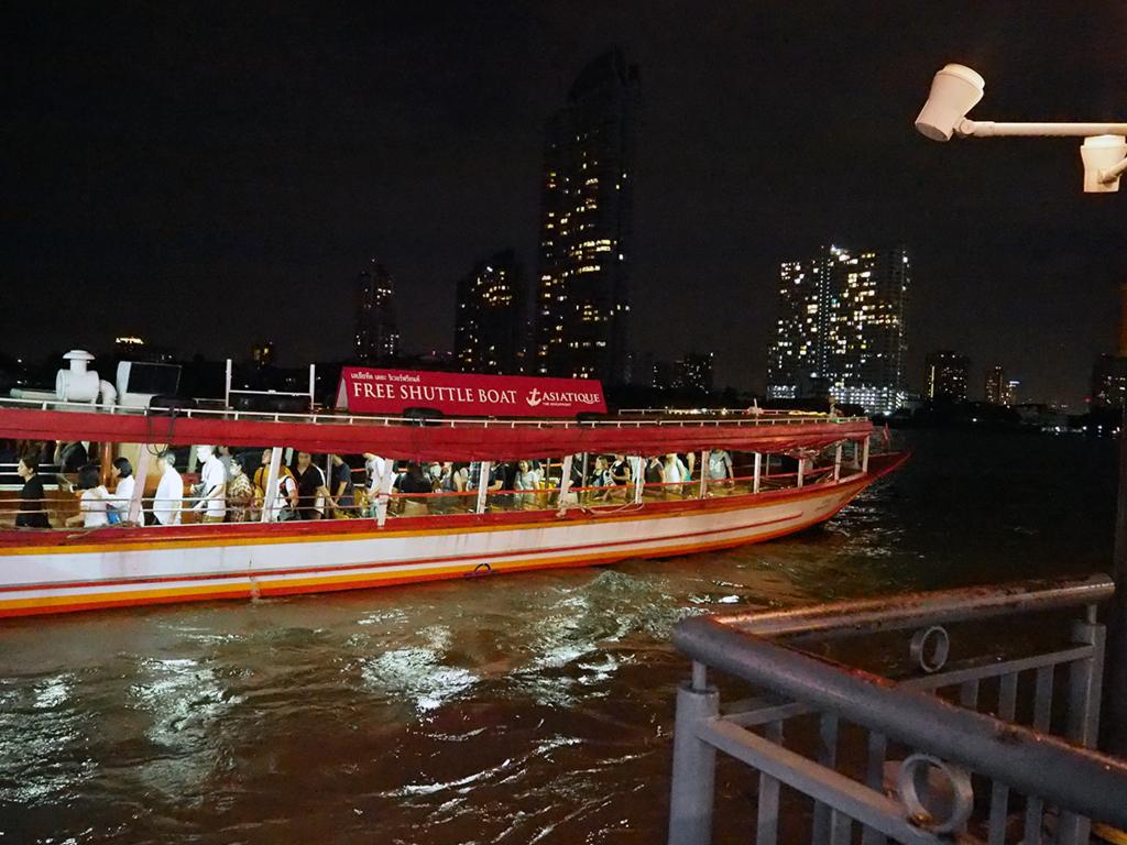 アジアティークへの送迎ボート