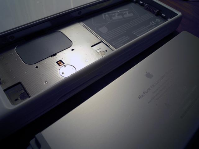MacBookの裏