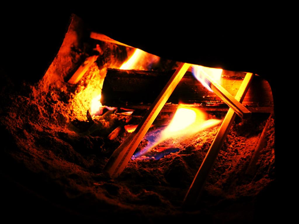 誰かが起こさないと火はつかない