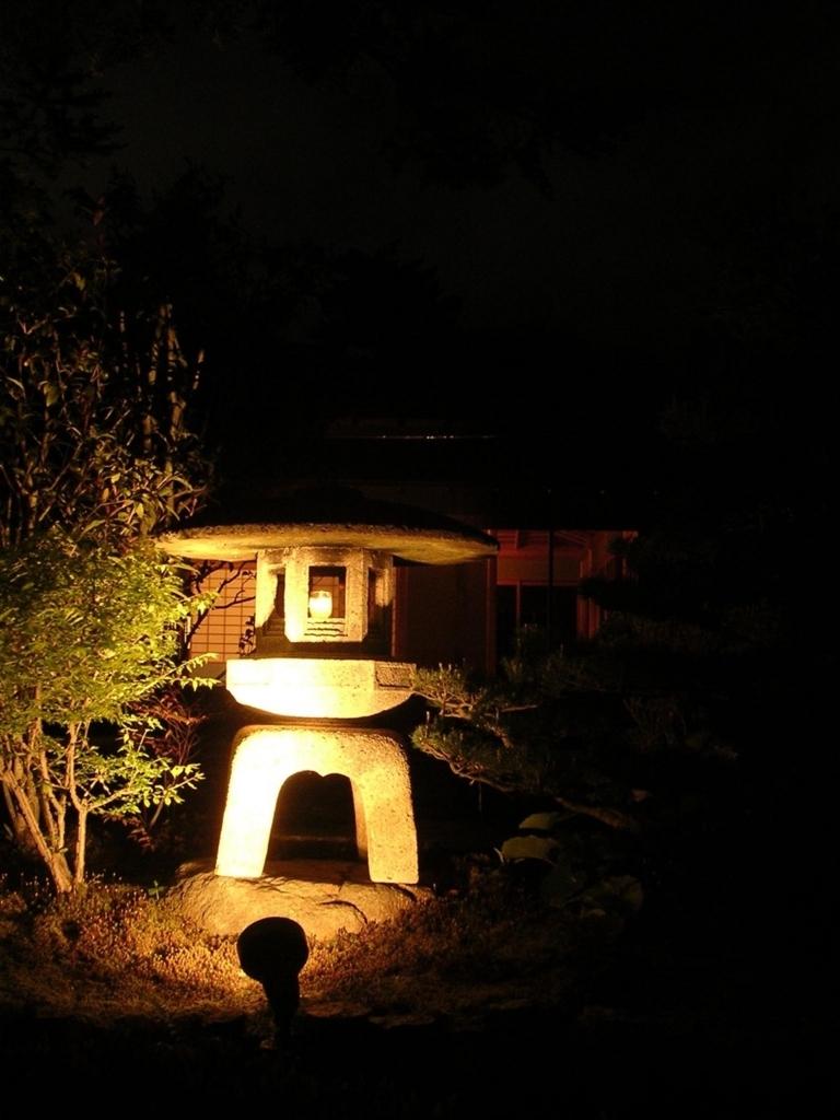 兼六園でライトアップされた灯籠