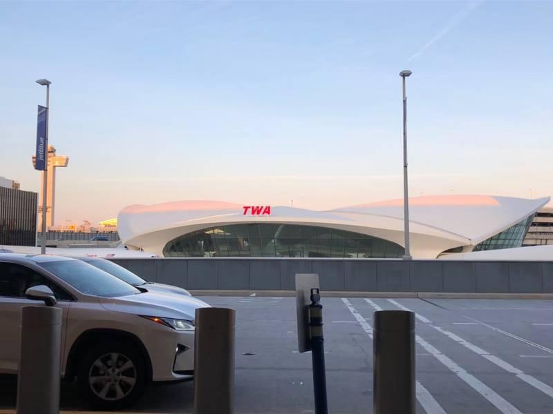 朝イチのニューヨークの空港