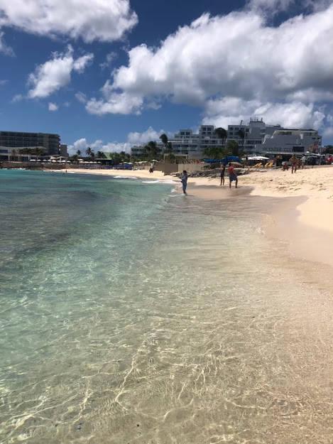 マホビーチの写真①