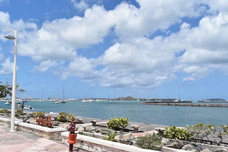 マリゴの港の風景
