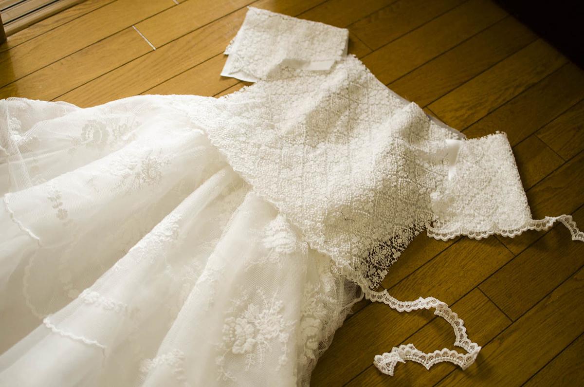 制作中のウェディングドレス