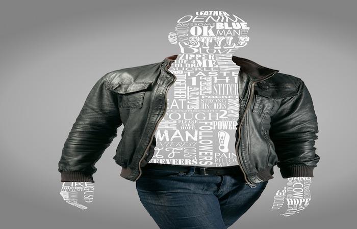 革ジャンを着たモデル