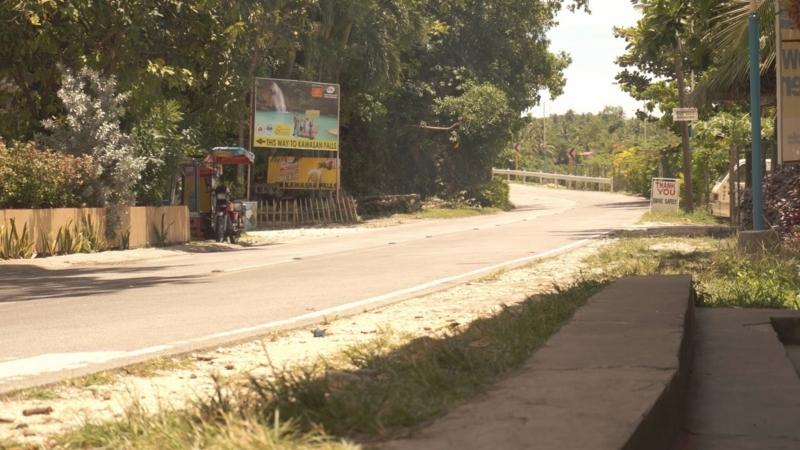 kawasanfall_road