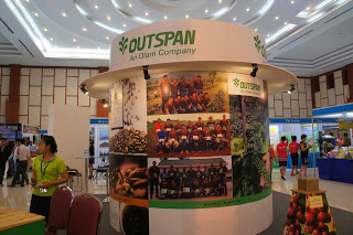 outspan_booth