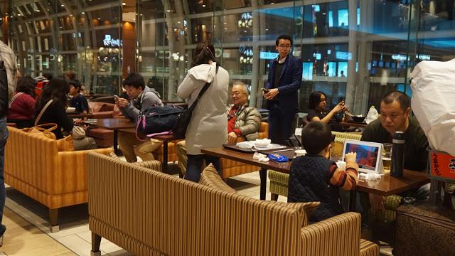 haneda_int_airside_seats_sofa