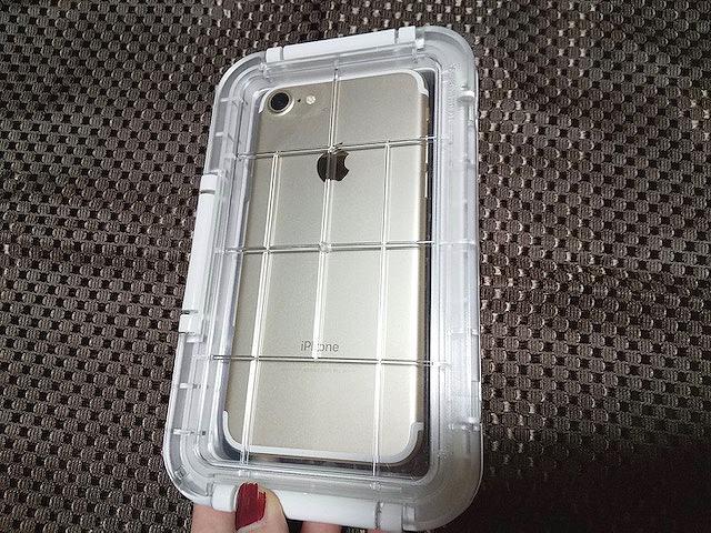 スマホ用防水ケース