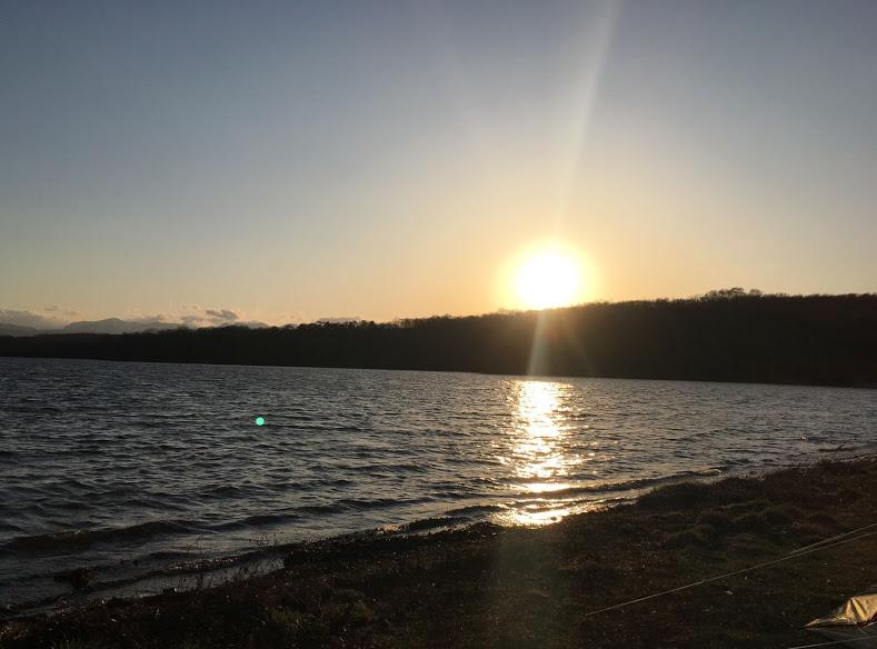 夕陽のキャンプ場