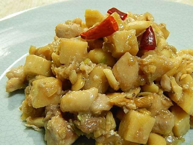 タケノコと鶏肉のカシューナッツ炒め
